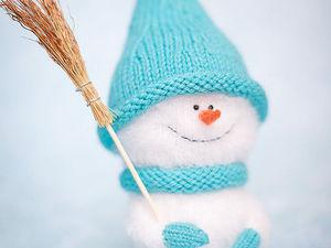 Вяжем спицами милого снеговичка. Ярмарка Мастеров - ручная работа, handmade.