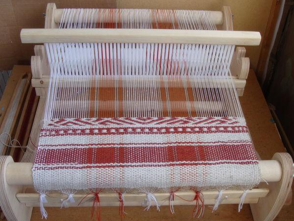 Настольный ткацкий станок, заправленный нитями основы для ткачества. | Ярмарка Мастеров - ручная работа, handmade