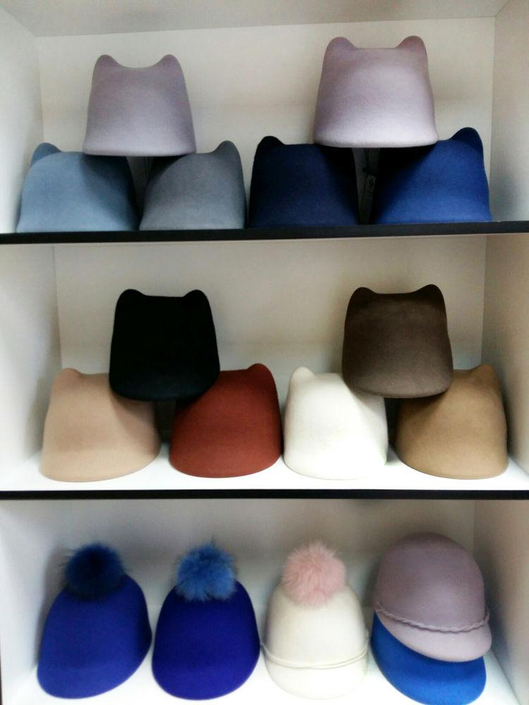 sale, снижение цены, много шляп