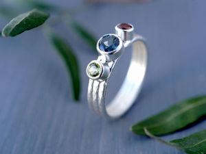 Кольцо с тремя камнями. Ярмарка Мастеров - ручная работа, handmade.