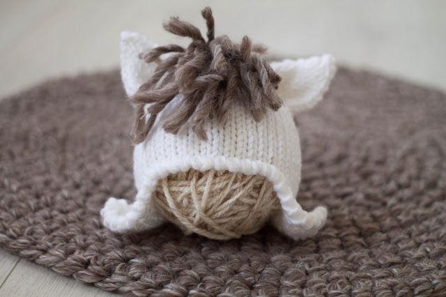 шапочка, символ года