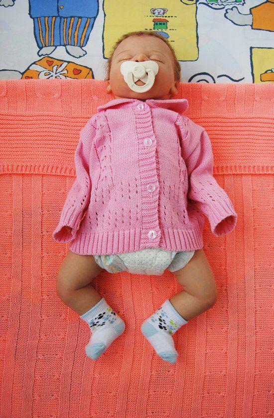 пеленать в пеленки малыша, как правильно пеленать
