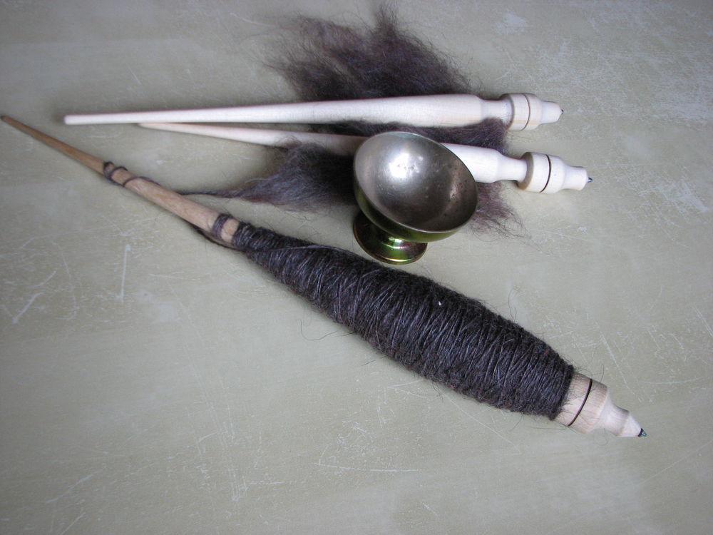 веретено, пряжа для вязания