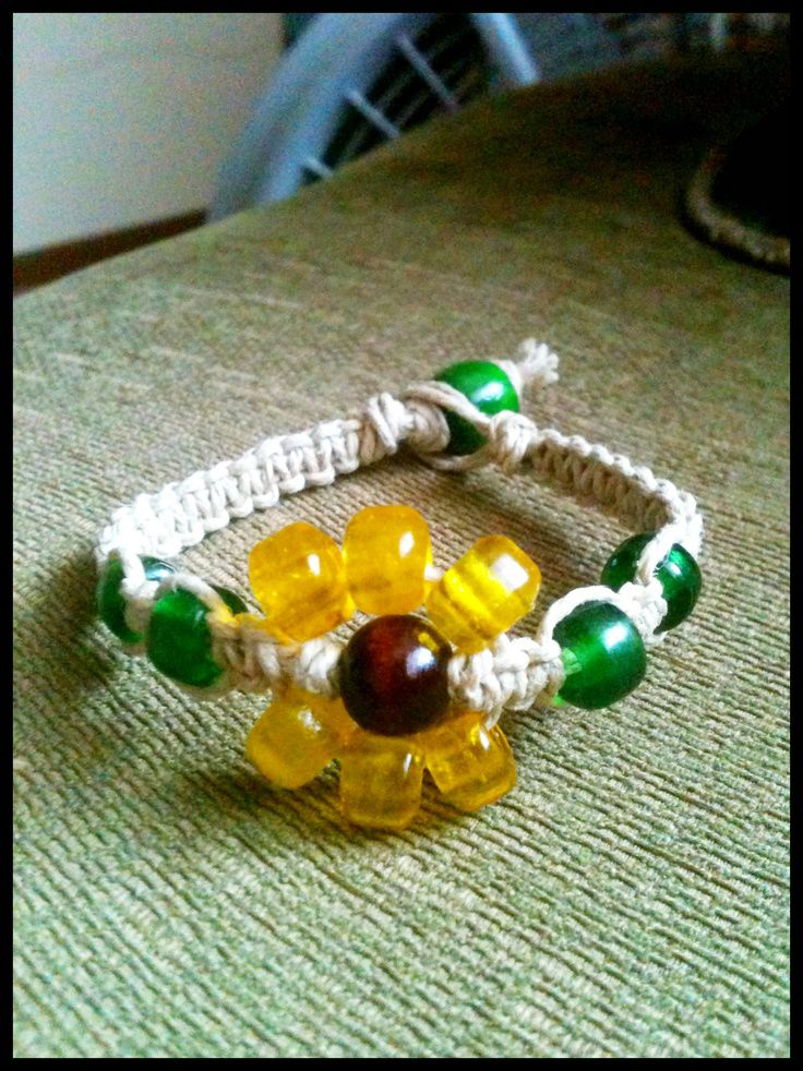 Sunflower bracelet made by Patricia Jane Victoria Patrick Can duplicate $5.00