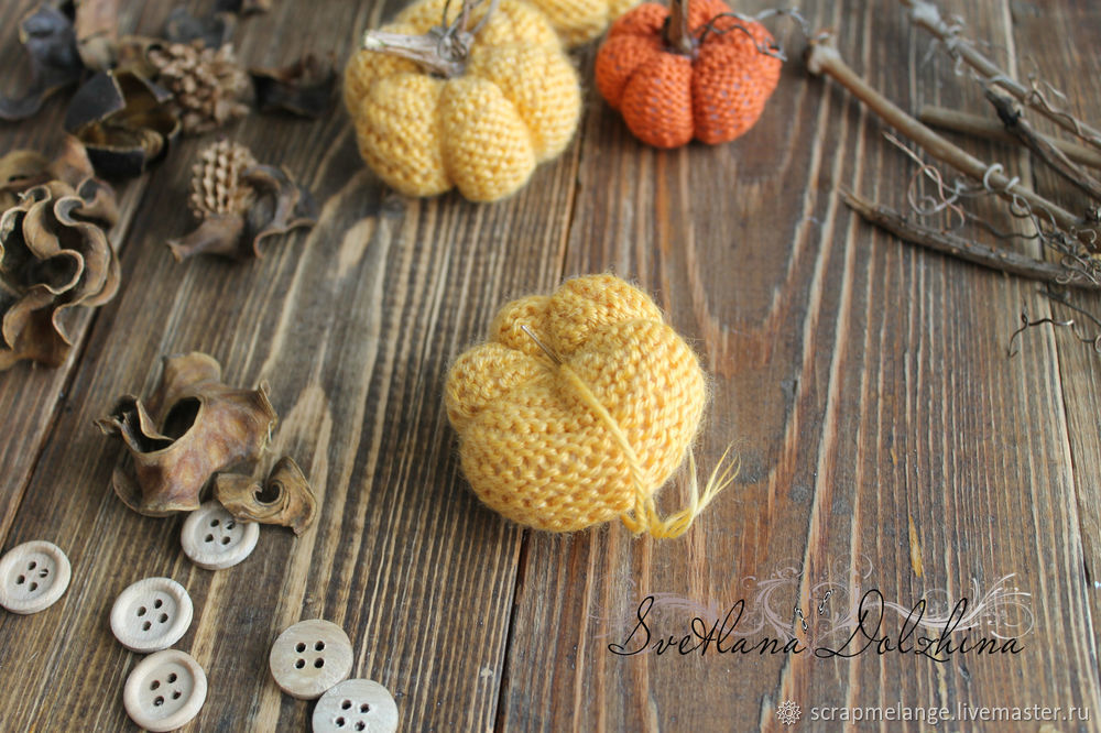 Knitting a Sweet Pumpkin for Halloween Home Decor in 30 Minutes, фото № 8