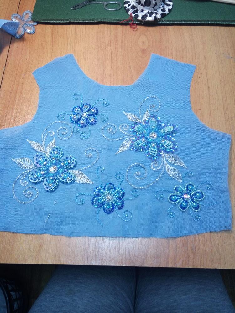 вышивка бисером, детское платье, эксклюзивная вышивка, голубой