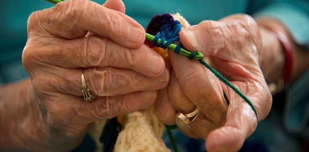 вязание крючком, вяжут не только бабушки