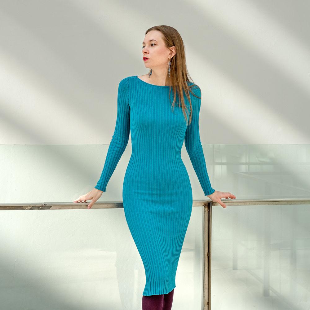 новые модели, красное платье, зелёное платье