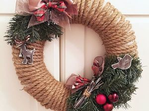 How to Decorate a House for Christmas and New Year? Easily! Create a Christmas Wreath on Your Own. Livemaster - handmade