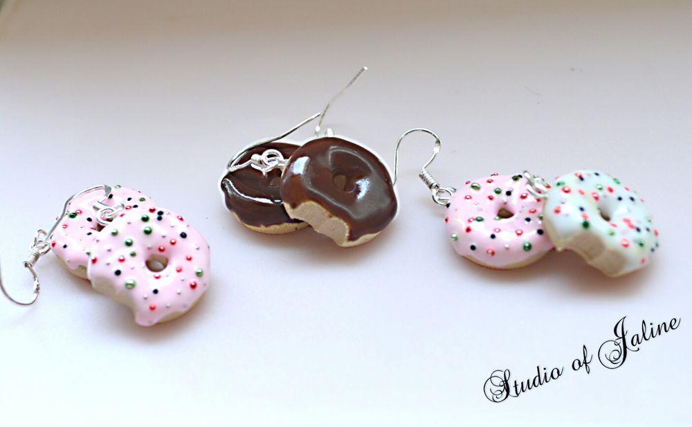 пончики из пластики, креативные украшения