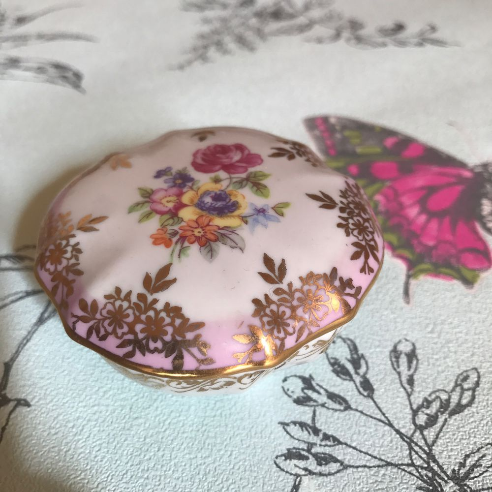 шкатулка для украшений, цветы из фарфора, royal worcester