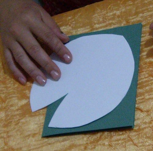 Кувшинка из бумаги без вырезания