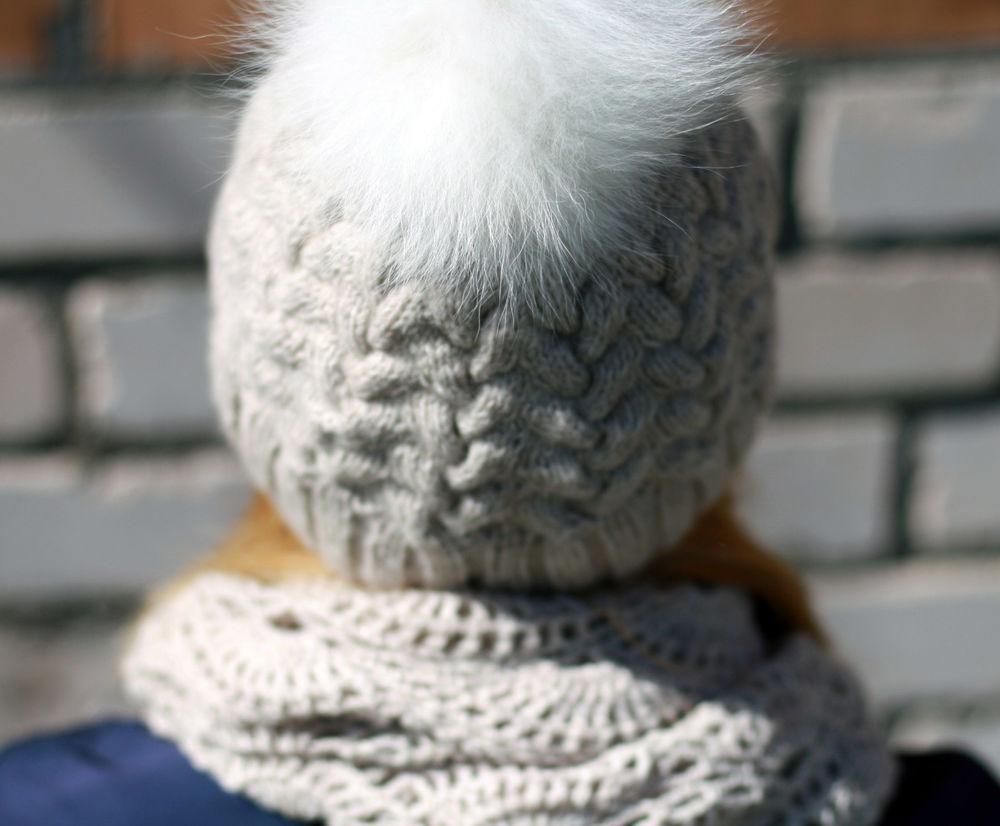 шапка с помпоном