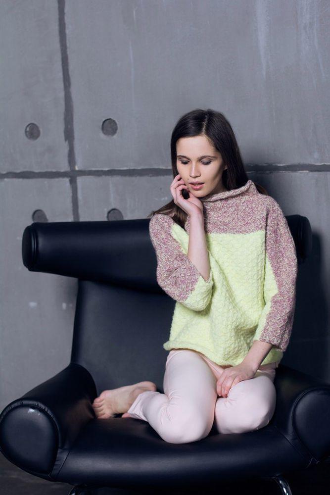 купит свитер, из мериноса, подарок девушке, ручная работа