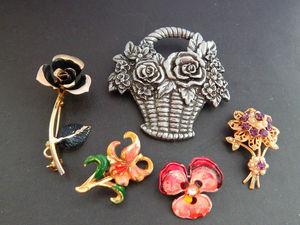 Винтажная корзинка и маленькие цветочки. Ярмарка Мастеров - ручная работа, handmade.