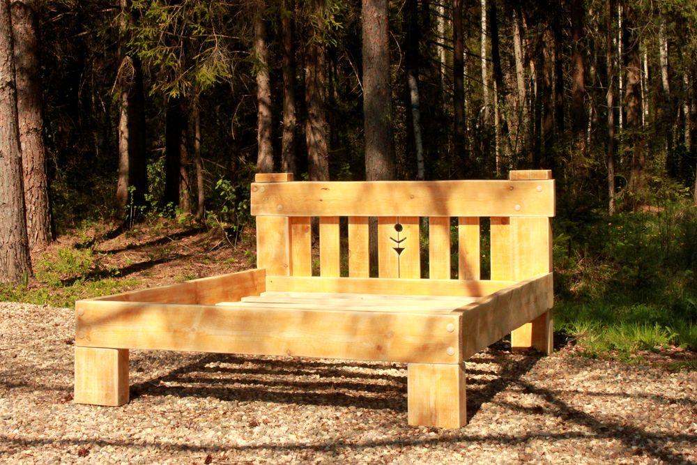 деревянная кровать, деревянная мебель