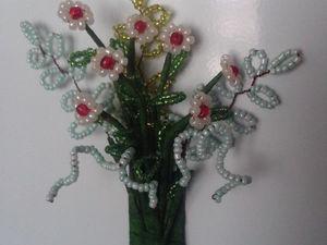 Плетем из бисера магнит «Ромашки» на холодильник. Ярмарка Мастеров - ручная работа, handmade.