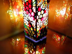 Витражная лампа / декоративный светильник Солнечный виноград. Ярмарка Мастеров - ручная работа, handmade.