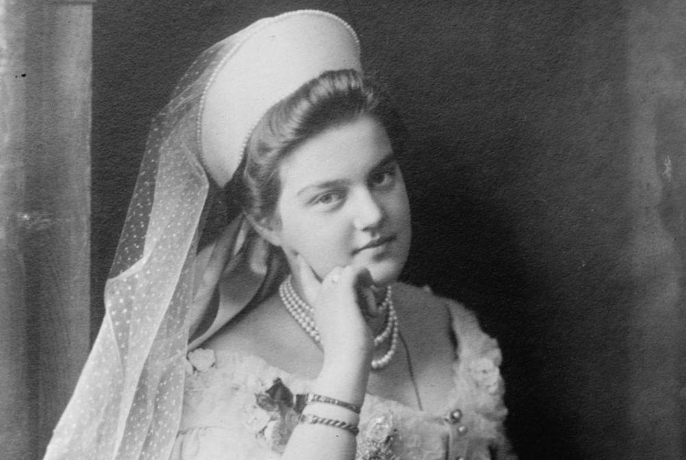 Белоэмиграция и высокая мода: дом вышивки Великой княгини Марии Романовой