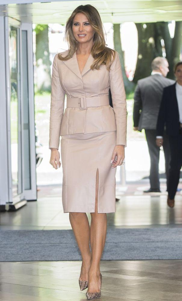Безупречный стиль первой леди США Мелании Трамп, фото № 18