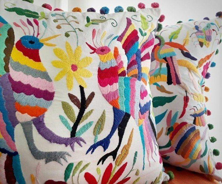 мексика, вышивка на подушках, интерьерные композиции