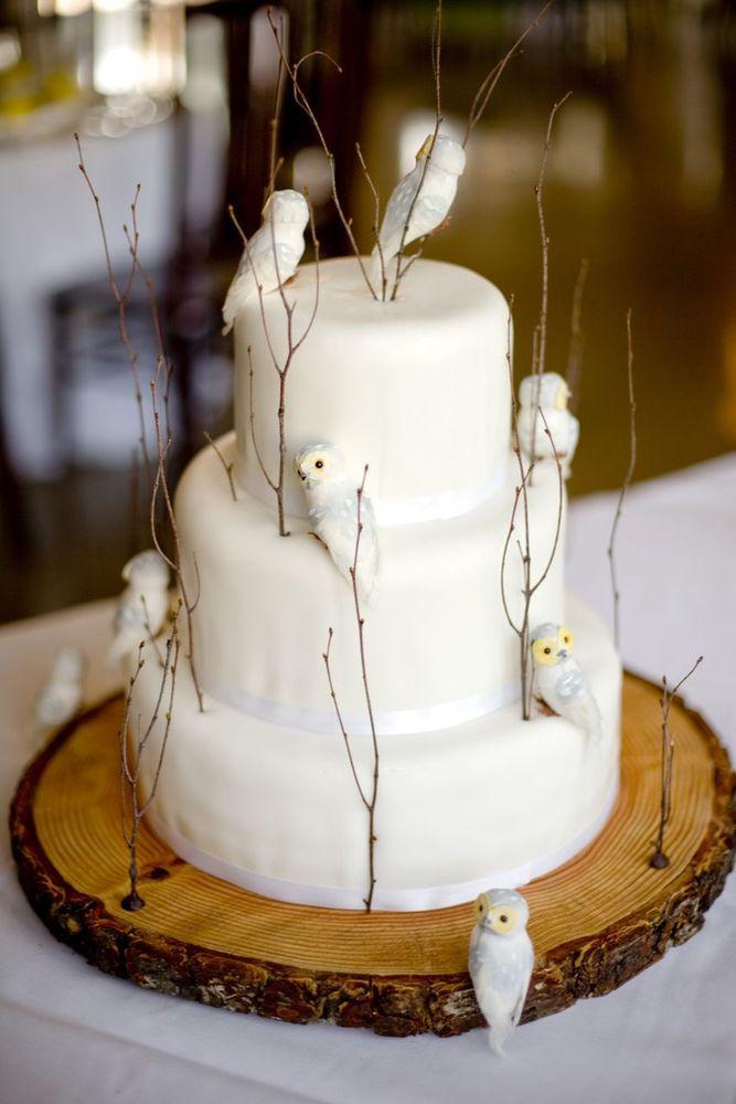 #KatieSheaDesign  elegant winter cake with owls would make a wonderful #Christmas centeroiece