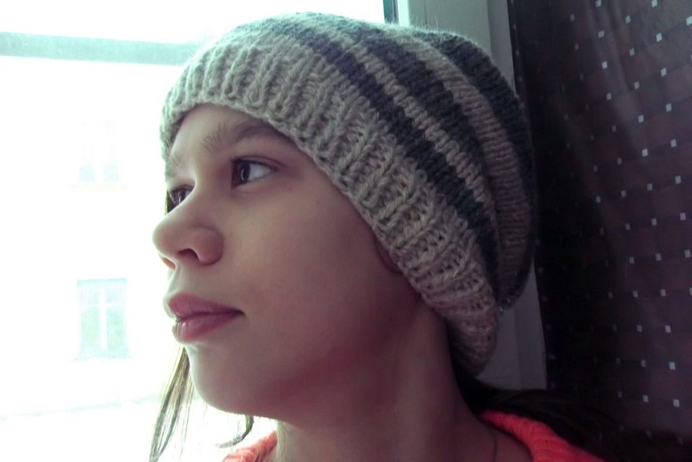 шапка в полоску