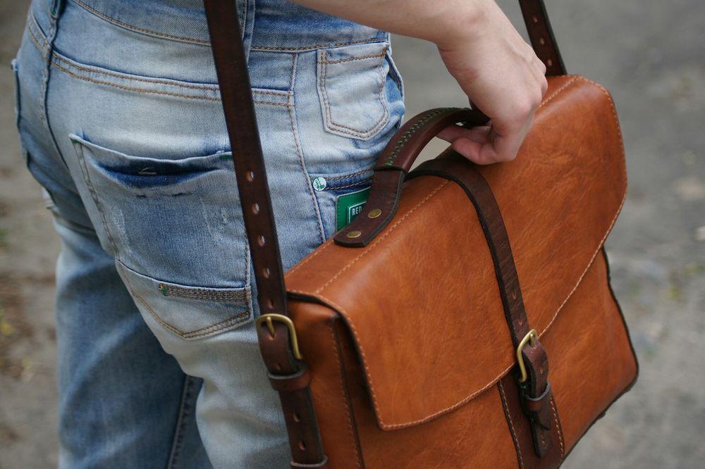 кожаная сумка, портфель на заказ, работа с кожей, состеренная кожа