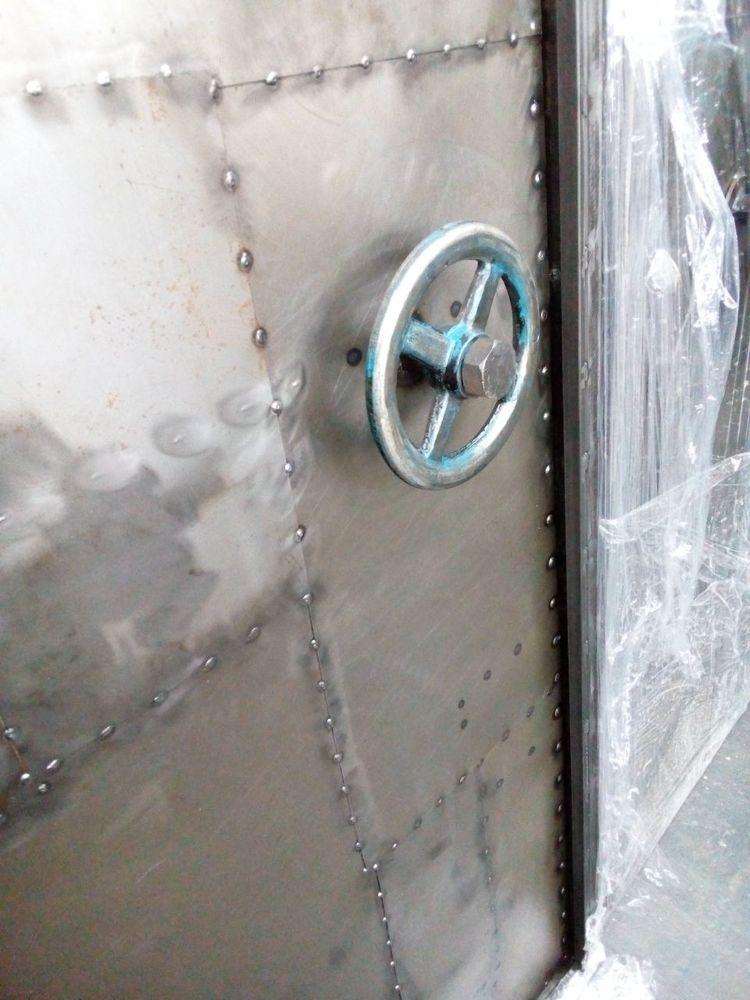 двери в стиле лофт, дизайн, индустриальный лофт, эксклюзивные двери, монтаж дверей