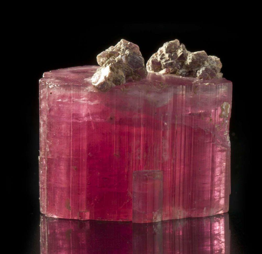 розовый турмалин, литотерапия