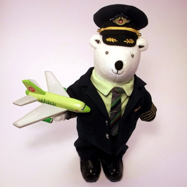 мишка пилот