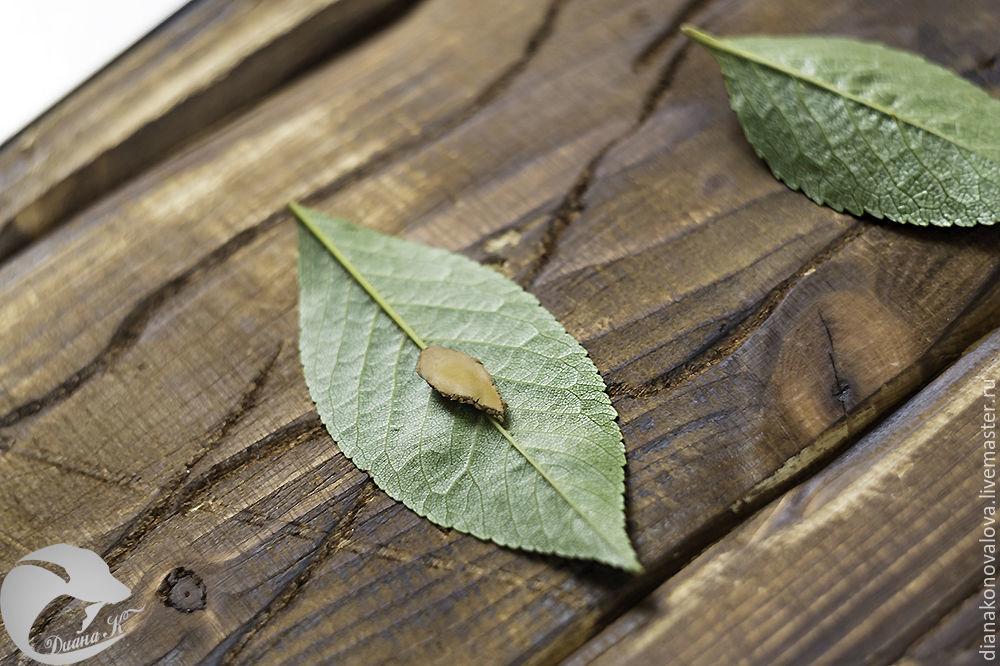 листики из бронзы
