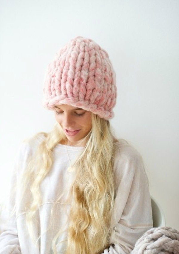 Вязание теплых шапок на спицах