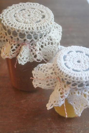 DIY  DOILY CRAFTS DIY Crafts: DIY Vintage-Inspired Doily Jar Topper