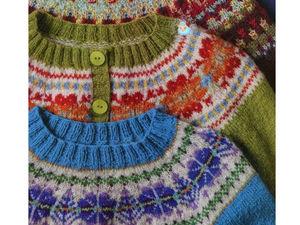 Круговая кокетка с жаккардовым орнаментом — очаровательный элемент вязаной одежды. Ярмарка Мастеров - ручная работа, handmade.