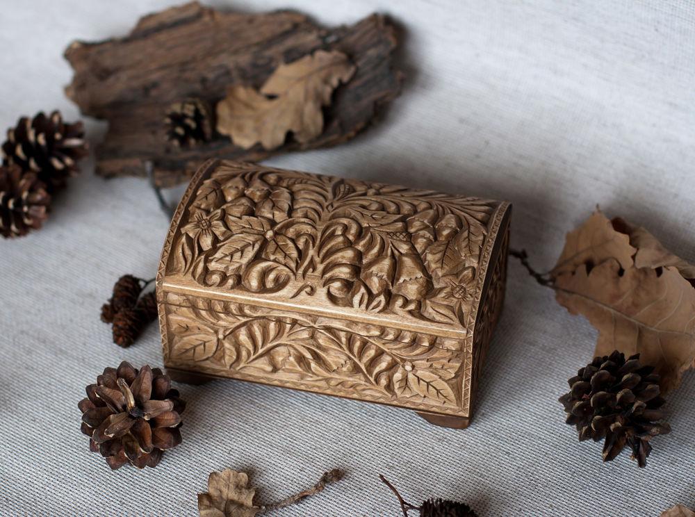 резная шкатулка, деревянные сердечки
