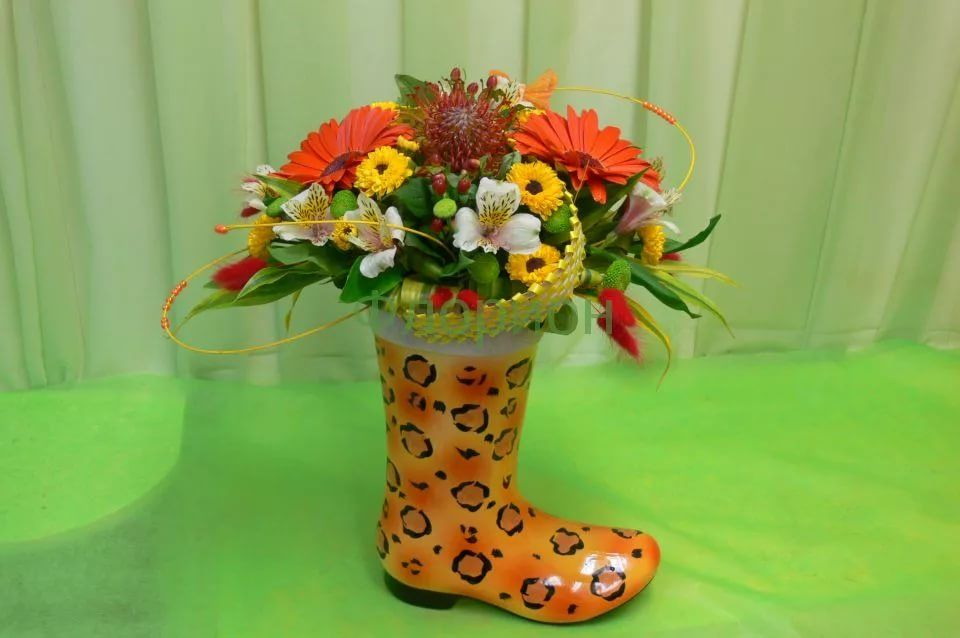 цветы в ботинке