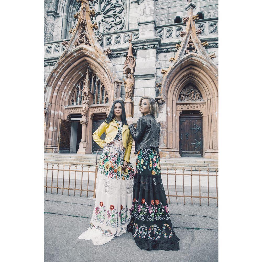 платье в пол, платье кружевное, дизайн одежды
