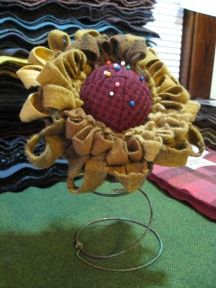 Sunflower bedspring pincushion how to