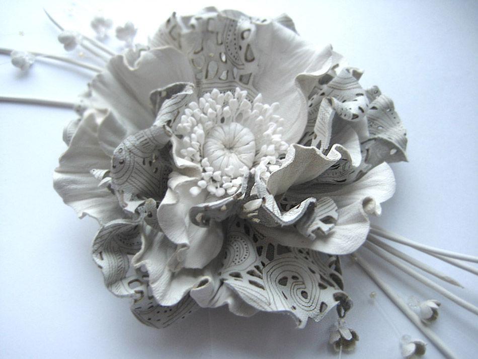 цветок из кожи, заколка с цветком из кожи, кожаные украшения вебинар, кожаные изделия вебинар, обучение цветоделию мак, обруч для волос с цветами