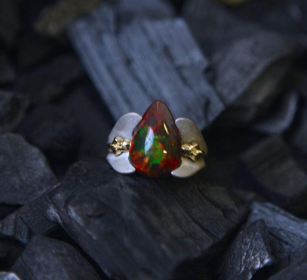 кольцо с черным опалом, подарок