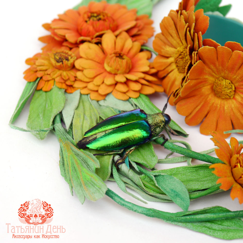 браслет с цветами