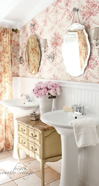 FRENCH COUNTRY COTTAGE: Changes in the bathroom