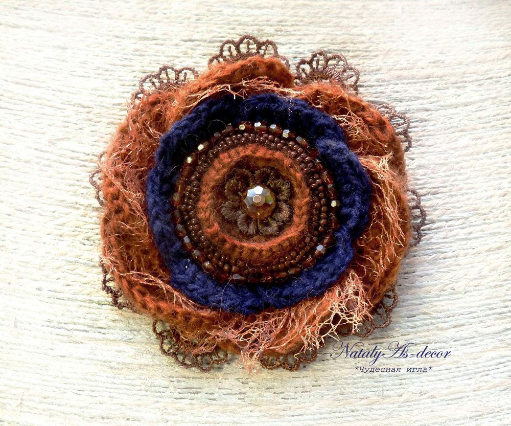 текстильная брошь, подарок на 8 марта, стильное украшение