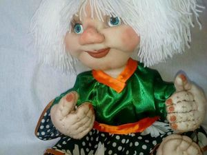 Пришиваем кукле волосы из пряжи. Ярмарка Мастеров - ручная работа, handmade.