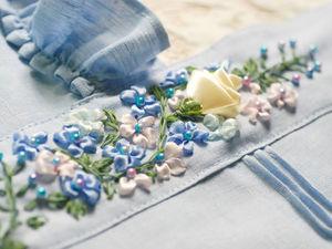 Фартуки с ручной вышивкой. Ярмарка Мастеров - ручная работа, handmade.