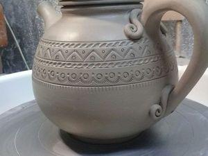 Изготовление чайника-травника на гончарном круге. Ярмарка Мастеров - ручная работа, handmade.