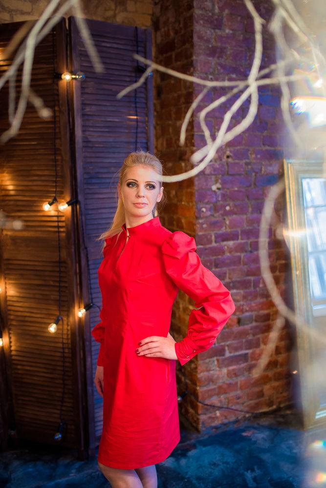 красное платье, платье стильное, женское платье, платье из красного хлопка