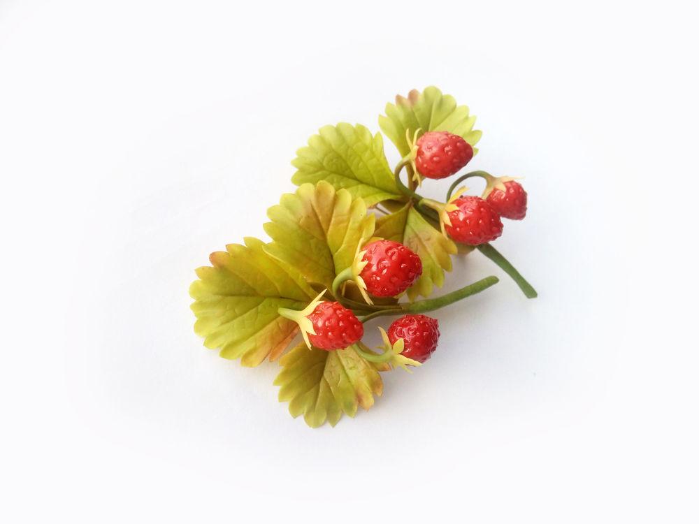 лесные ягоды, вишня