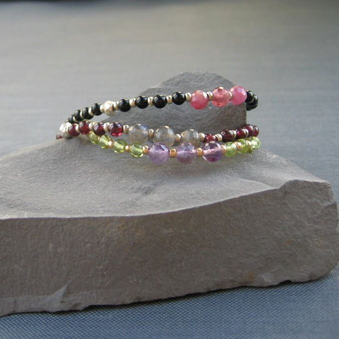 браслеты из камней, фенечки